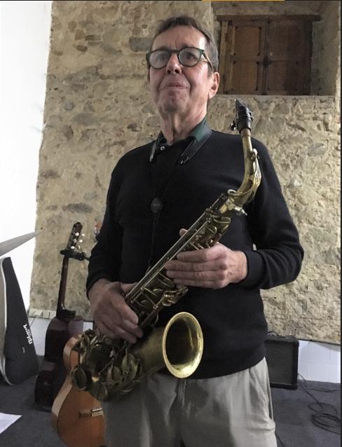 Cours Saxophone, guitare et Loop Station par Etienne Geeraerd